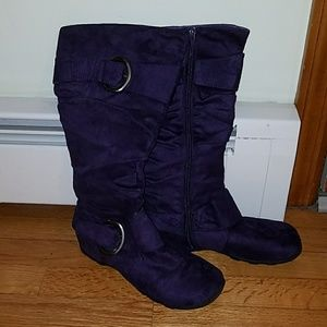 Purple faux-suede Boots with Buckles - 7.5